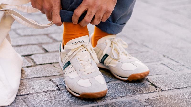 imagen calcetines naranjas